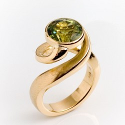 Ring, tornado, 750 gold, tourmaline