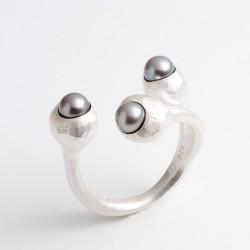 Ring, 3 Böbl, 925- Silber, Perlen
