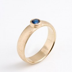 Ring, 585 gold, sapphire