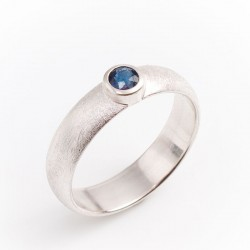 Ring, 925 silver, sapphire