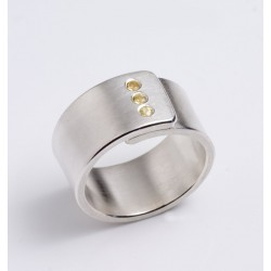 Ring, silver, yellow sapphires