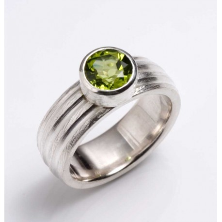 Ring, 925 silver, peridot