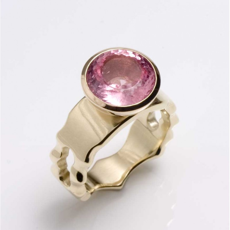 Ring, 585 gold, pink tourmaline