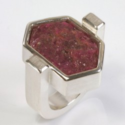 Ring, 925 silver, ruby ​​crystal