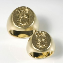 Wedding rings, signet rings with hand engraving, 750 gold