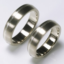 Wedding rings, 585 white gold, silver stripes
