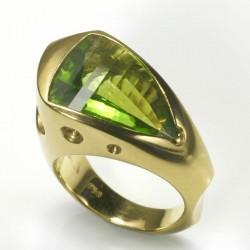 Schiffring, 750- Gold, Peridot