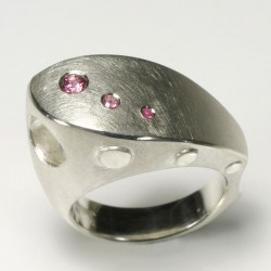 Ship ring, 925 silver, pink sapphires