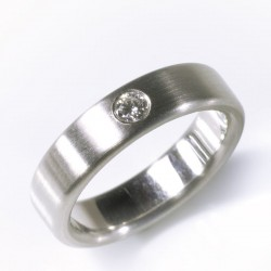 Ring, 950- Platin, Brillant 0,1 ct