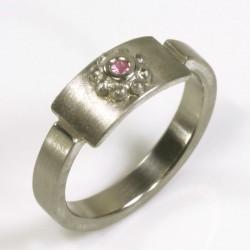 Ring, 950- Palladium, pinker Saphir