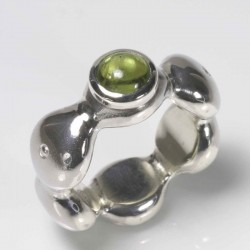 Ring, 925 silver, peridot cabouchon