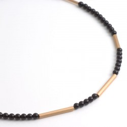 Necklace, onyx, 750- gold