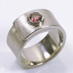 Wrap ring, 500 palladium, pink tourmaline