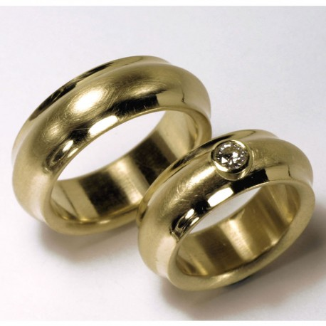 Domed wedding rings, 750 gold, brilliant
