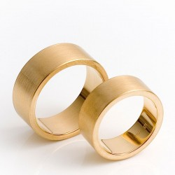 Flat wedding rings, 750 gold