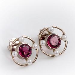 Stud earrings, 750 white gold, rhodoloites, pearls